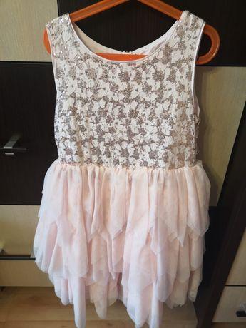 Sukienka 140cm zlota z zamkiem