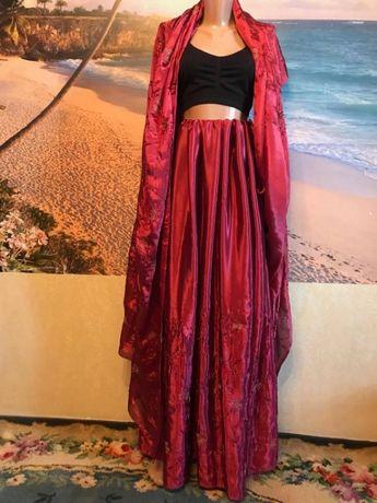 Сари из Индии бордовое шелк расшито нежным узором золото бисер