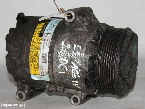 Compressor de ar condicionado RENAULT ESPACE IV 2.2 dCi 11.02 -  Usado REF. DELP...