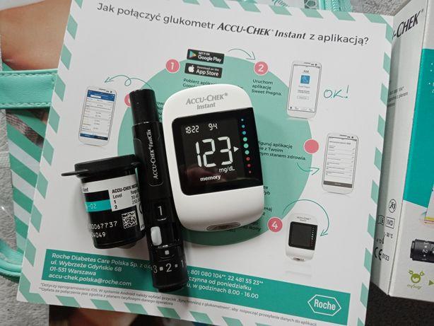 Glukometr Accu Chek Instant