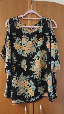 Nowa bluzka rozmiar xxl 48 czarna w kwiaty
