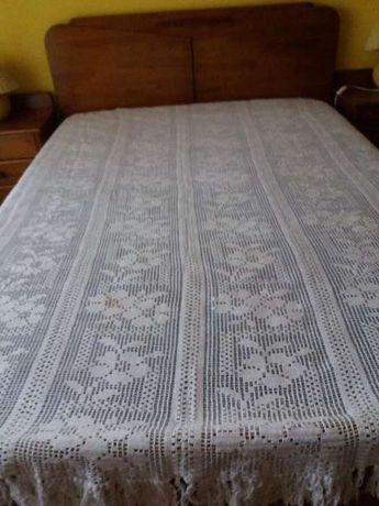 Colcha em crochet manual branca