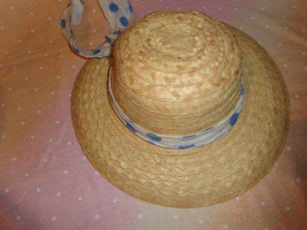 kapelusz słomkowy na lato