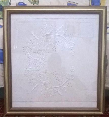 quadro bordado á mão