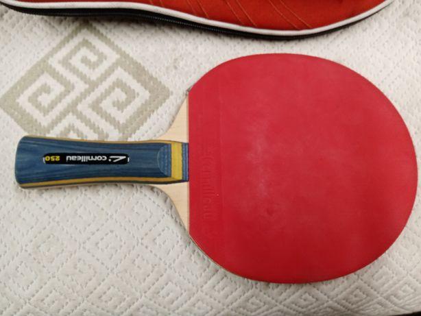 Rakietka do tenisa stołowego Cornilleau 250, pokrowiec + 3 piłeczki