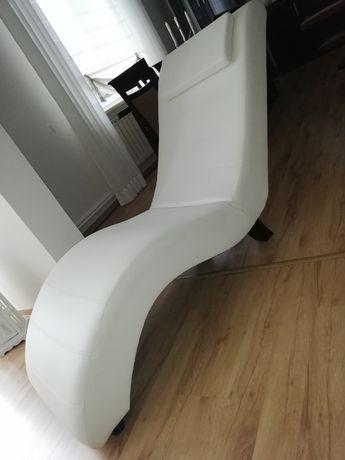Elegancki fotel szezlong-możliwy transport