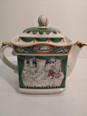 Stary ceramiczny czajniczek