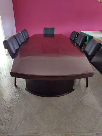 Conjunto mesa 3,5mx1,5m e cadeiras