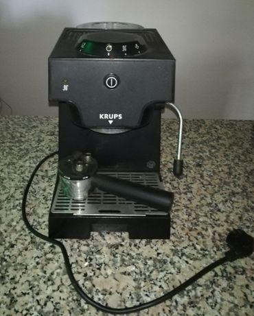 Máquina de café KRUPS