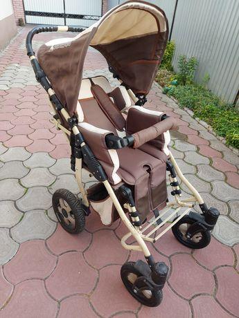 Віддам дитячу інвалідну коляску