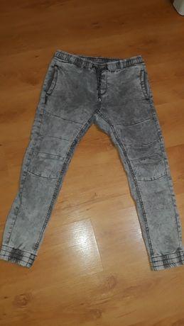 Spodnie chłopięce r.164