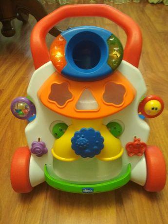 Ходунок музикальний Chico та інші іграшки фірмові.