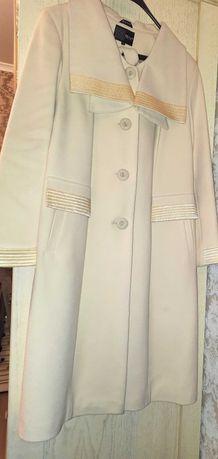 Новое женское нарядное пальто кашемир цвет слоновая кость бренд ELVI
