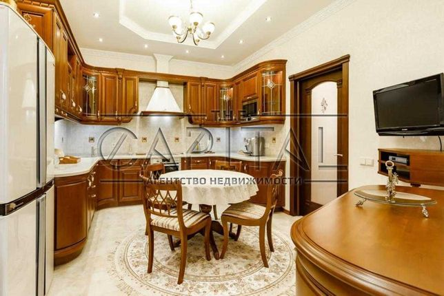 Аренда 3-комнатной квартиры по ул. Старонаводницкая 6Б