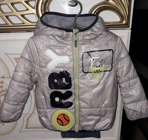 Костюм демисезонный мальчику куртка и штаны рост 86, размер 52