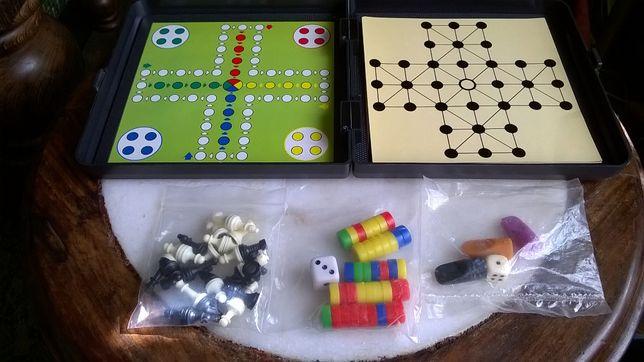 Lote vários Jogos: Cluedo+Bingo+Xadrez+Mikado+Outros