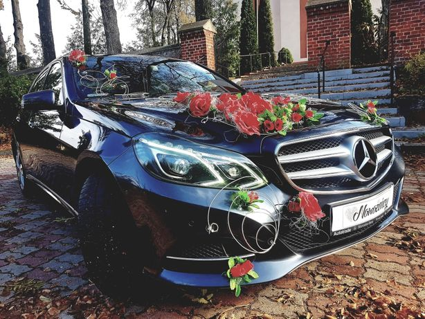 Auto do ślubu Mercedes E-klasa samochód limuzyna