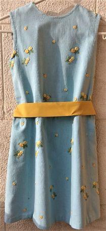 Vestido Azul Bebé Bordado c/ Flores Amarelas s/ Mangas c/ Cinto 9 Anos