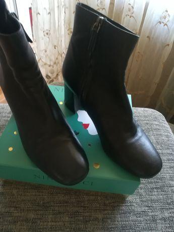 Кожаные осенние ботинки Vero Cuoio