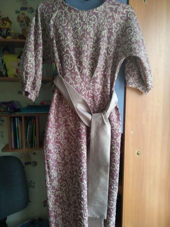 Женские платья 42-44 размер