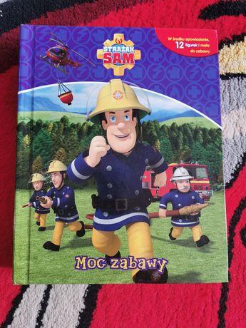 Książka z matą i figurkami Strażak Sam