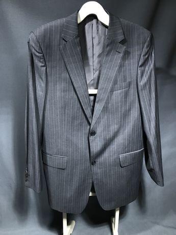 Мужской фирменный костюм Hugo Boss