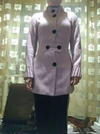 Продам пальто осень зима в хорошем состоянии.