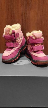 Зимние сапоги на девочку размер 24 стелька 14,5 см