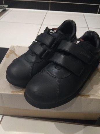 Продам туфли Camper 32 размера