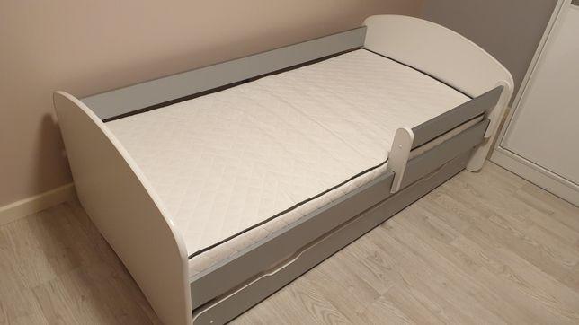Łóżko podwójne, dwuosobowe, dziecięce plus materace