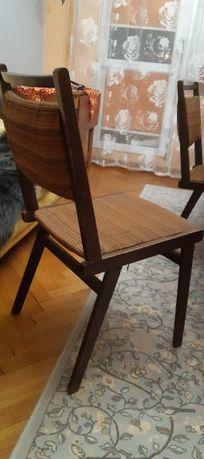 Krzesła do renowacji PRL