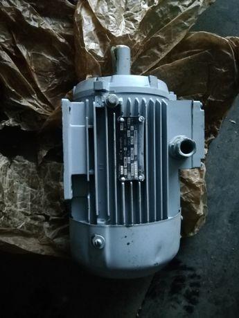Продам новый електро двигатель