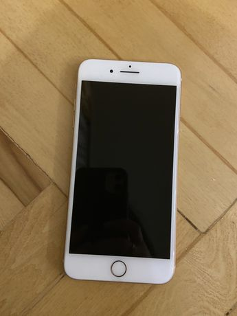 Iphone 8plus золотой