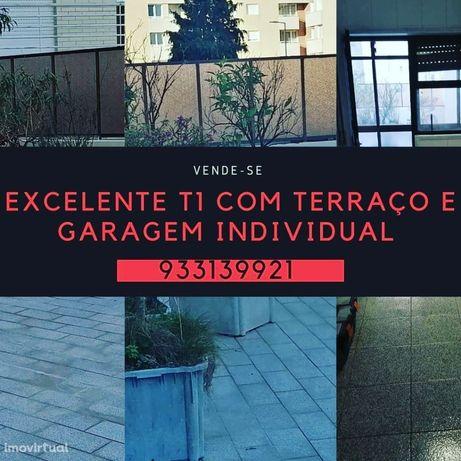T1 Top com Terraço e Garagem individual Fechada Afonso Henriques