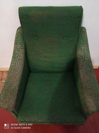 Продам ,кровать, кресла