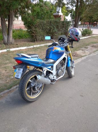 Hyosung 250 (Suzuki)