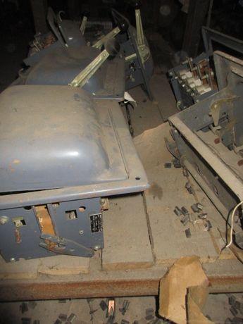 Блок запобіжник -вимикач БПВ-4 440 А рубильник