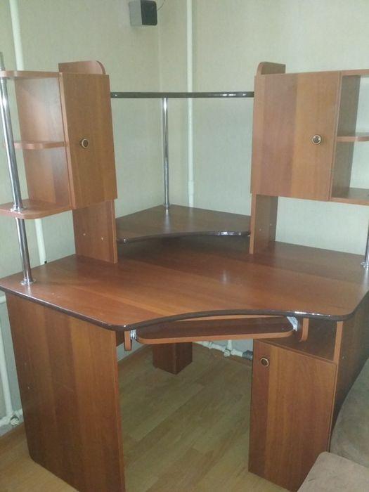 Компьютерный стол Чернигов - изображение 1