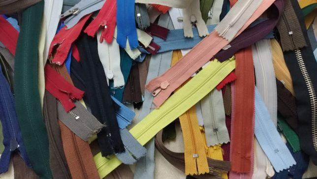 Fechos de várias medidas e cores