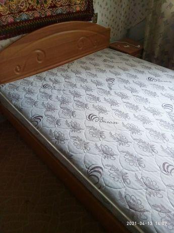 2х спальная кровать из ДСП .