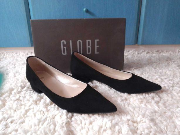 Sapatos de senhora em pele