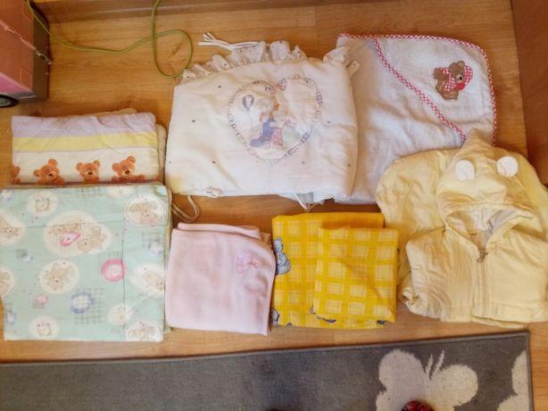 Zestaw rzeczy dla niemowlaka