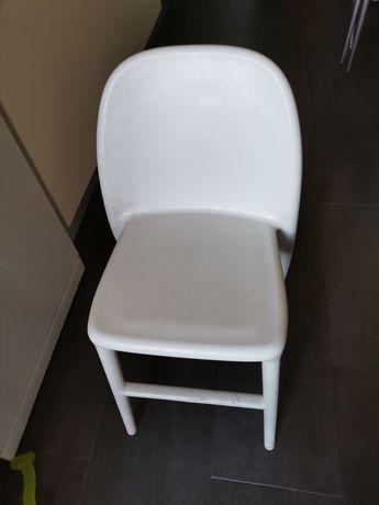 Cadeira de mesa criança