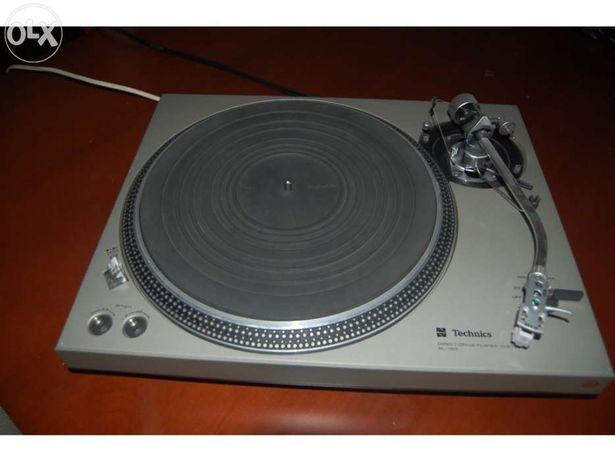 Gira discos Technics com Braço SME modelo 3009