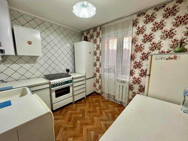 Срочно сдам 2к раздельную квартиру на Оболоне, метро Минская рядом
