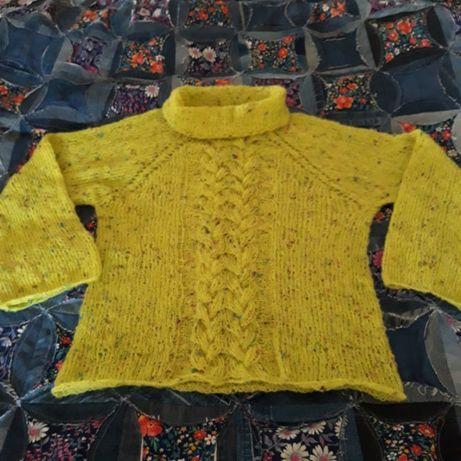 Легкий свитерок