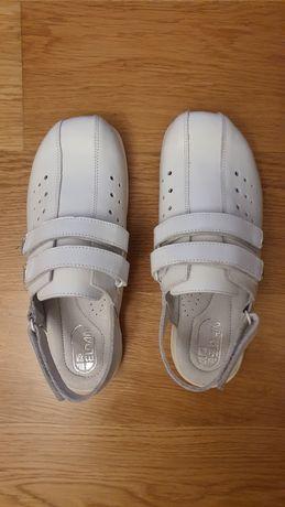 Buty medyczne r. 39 Eldan nowe
