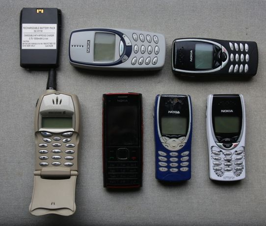 Telemóveis Nokia e Ericsson