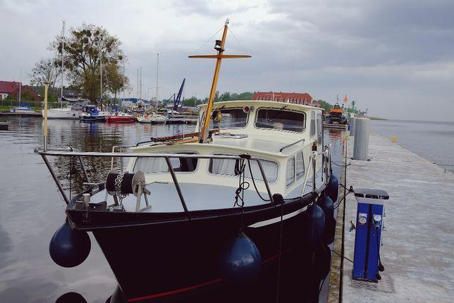 stalowy jacht motorowy Cupido 980.