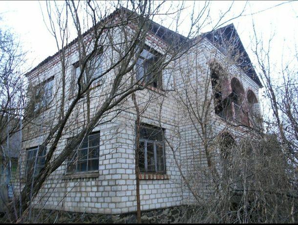 Два дома в пригороде с. Барашевка